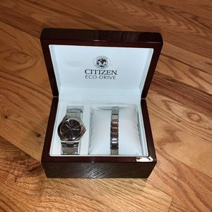 Mens Citizens Watch NEW plus band